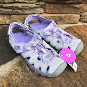 Other - Khombu river sandals NWT girls size 4
